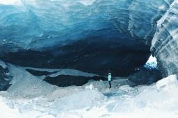Apurando Enero…Ruta hacia el Glaciar Roseg (Switzerland) Una catedral de hielo.